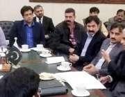 لاہور: ڈی سی لاہور صالحہ سعید میانی صاحب قبرستان کے حوالے سے اعلیٰ سطحی ..