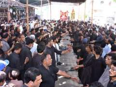 HYDERABAD: A large number of mourners attending the procession of 9th Muharamul Harram at Latifabad.