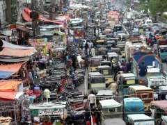 KARACHI:  A view of traffic jam on Liaqatabad Supre Market due to encroachments needs the attention of concerned authorities.