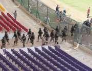 کراچی:نیشنل سٹیڈیم میں پی ایس ایل4کے فائنل میچز کے لیے سکیورٹی انتظامات ..