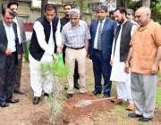 """راولپنڈی: بارانی زرعی یونیورسٹی میں """"تدارک صحرا زدگی"""" کے عنوان سے .."""