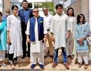 کراچی: پنجاب کے صوبائی وزیر برائے اسکول ایجوکیشن مرادر اس کا زندگی ..