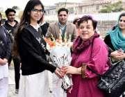 اسلام آباد: وفاقی وزیر برائے انسانی حقوق ڈاکٹر شیریں مزاری کا اسلام ..