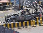 لاہور: داتا دربار کے باہر خود کش حملہ آور کی نشانہ بننے والی تباہ حال ..