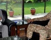 مظفر آباد: چیف سیکرٹری آزاد کشمیر مطہر نیاز رانا سے کمانڈنگ آفیسر محمد ..