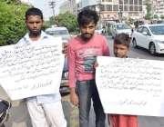 لاہور: ڈیفنس کے رہائشی اپنے مطالبات کے حق میں پریس کلب کے سامنے احتجاج ..