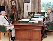 اسلام آباد: صدر مملکت ڈاکٹر عارف علوی سے ڈاکٹر ایوب شبیر ملاقات کر رہے ..