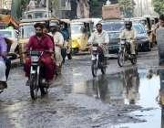 کراچی: سولجر بازار میں سیوریج کے جمع شدہ پانی کے باعث شہریوں کو مشکلات ..