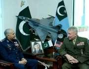 اسلام آباد: پاک فضائیہ کے سربراہ ائیر چیف مارشل مجاہد انور خان سے کمانڈر ..