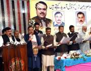 راولپنڈی: وفاقی وزیر ریلوے شیخ رشید احمد صرافہ بازارانجمن تاجران کے ..