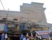 راولپنڈی: بنی چوک کے قریب خستہ ہال بلڈنگ کے اوپر نئی عمارت تعمیر کر ..
