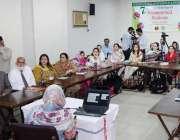 لاہور: صوبائی وزیر صحت ڈاکٹریاسمین راشد پانچ روزہ بین الاقوامی فٹیومیٹرنل ..