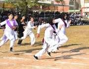 راولپنڈی: راولپنڈی ویمن یونیورسٹی میں سالانہ سپورٹس ڈے کے موقع پر ریس ..