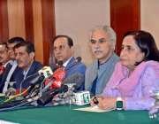 کراچی: وزیر مملکت برائے صحت ڈاکٹر زرار مرزا ، صوبائی وزیر صحت ڈاکٹر ..