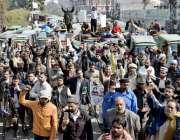 لاہور: ملی رکشہ یونین کے زیر اہتمام اپنے مطالبات کے حق میں پریس کلب ..