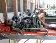 راولپنڈی: ڈی ایچ کیو ہسپتال میں احتجاج کے باعث آنیوالا ایک مریض بے یارو ..