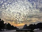 اسلام آباد: شام کے وقت وفاقی دارالحکومت کے آسمانوں پر بادل منڈلانے ..