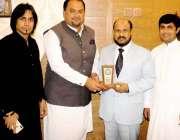 اسلام آباد: انٹرنیشنل اسلامی یونیورسٹی کے صدر ڈاکٹر احمد یوسف الدرویش ..
