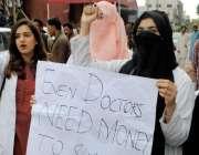حیدرآباد: ینگ ڈاکٹرزایسوی ایشن کی طرف سے اپنے مطالبات کے سلسلے میں ..