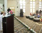 ملتان: موسمیاتی تبدیلی کے وزیر مملکت زرتاج گل خواتین یونیورسٹی میں ..