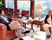 اسلام آباد: وزیر اعظم عمران خان سے سے وزیر اعلیٰ خیبر پختونخوا محمود ..