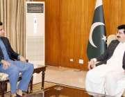 اسلام آباد: چیئر مین سینیٹ محمدصادق سنجرانی سے وزیراعظم کے معاون خصوصی ..