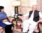 اسلام آباد: وزیر اعلیٰ خیبر پختونخوا محمود خان سے وزیر اعظم کی معاون ..
