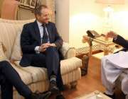 لاہور: سپیکر پنجاب اسمبلی چوہدری پرویز الہٰی سے برٹش کمیشن کے پولیٹیکل ..
