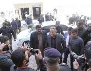 لاہور: تحریک انصاف کے مرکزی رہنما عبدالعلیم خان کو احتساب عدالت میں ..