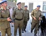 راولپنڈی: سی پی او محمد فیصل رانا ٹریفک آفس کا دورہ کر رہے ہیں، سی ٹی ..