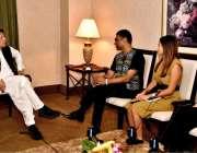 نیویارک: وزیر اعظم عمران خان سے سیکرٹری جنرل امیسی انٹرنیو کمی نائیڈو ..