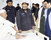 جھنگ:ڈپٹی انسپکٹر جنرل جیل خانہ جات فیصل آبادسعید اللہ گوندل جیل ہسپتال ..