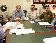 لاہور: ڈپٹی کمشنر لاہور صالحہ سعید ڈسٹرکٹ ریجنل ٹرانسپورٹ اتھارٹی ..