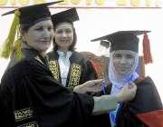 راولپنڈی: ایف جی پوسٹ گریجوایٹ کالج فار ویمن کشمیر روڈ کے30ویں کانووکشن ..