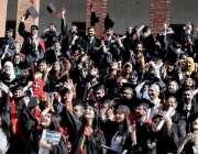 راولپنڈی: میڈیکل کالج انسٹی ٹیوٹ آف الائیڈ ہیلتھ سائنسز کے کانووکیشن ..