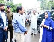 لاہور: ڈپٹی کمشنر لاہور صالحہ سعید شملہ پہاڑی میں بارش سے پیدا ہونے ..
