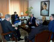 اسلام آباد: وزیر برائے ایوایشن ڈویژن محمد میاں سومرو سے برٹش ایئر وے ..