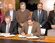 اسلام آباد: آبی وسائل کی سکریٹری وزارت ، محمد اشرف اور پاکستان میں آسٹریلیائی ..