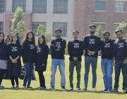 اسلام آباد: کامسیٹ یونیورسٹی میں گریجوایشن کے فائنل سمسٹر کے طلبہ کا ..