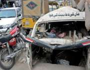 راولپنڈی: تھانہ وارث خان کے باہر گاڑیاں و موٹر سائیکل کھڑے کھڑے ناکارہ ..