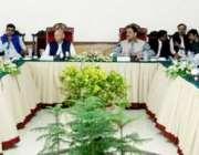 فیصل آباد: گورنر پنجاب چوہدری محمد سرور اور وزیر اعلیٰ پنجاب سردار ..