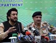 اسلام آباد: وزیر مملکت شہر یار خان آفریدی اور اینٹی نارکوٹکس ڈائریکٹر ..