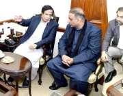 لاہور: سپیکر پنجاب اسمبلی چوہدری پرویز الٰہی سے ملاقات میں تحریک انصاف ..