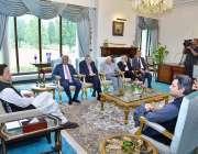اسلام آباد: وزیر اعظم عمران خان کی زیر صدارت حکومت کی اقتصادی ٹیم کا ..