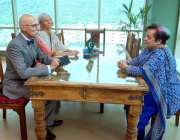 اسلام آباد: وفاقی وزیر برائے انسانی حقوق ڈاکٹر شیریز مزاری سے ای یو ..