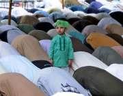 راولپنڈی: جامع مسجد میں ماہ صیام کے دوسرے جمعةالمبارک کی نماز ادا کی ..