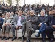 لاہور: وزیر اعظم کے سیاسی مشیر نعیم الحق، اعجاز احمد چوہدری عمر خیام، ..