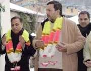 دھیرکوٹ: آزاد کمشیر کے وزیر آئی ٹی و ٹیوٹا ڈاکٹر مصطفی بشیر عباسی دھیر ..