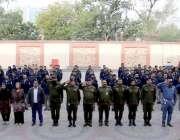 لاہور: پنجاب سیف سٹیز اتھارٹی میں یوم پاکستان کے حوالے سے تقریب میں ..