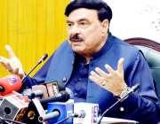 لاہور: وفاقی وزیر ریلوے شیخ رشیداحمد میڈیا سے گفتگو کر رہے ہیں۔